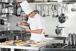 How Wireless IoT Sensors Can Automate Food Service HACCP Compliance